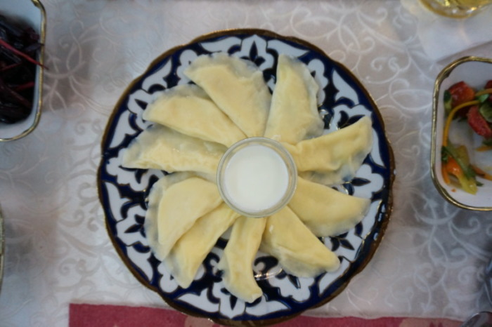 ヒヴァの料理トゥフンバラク