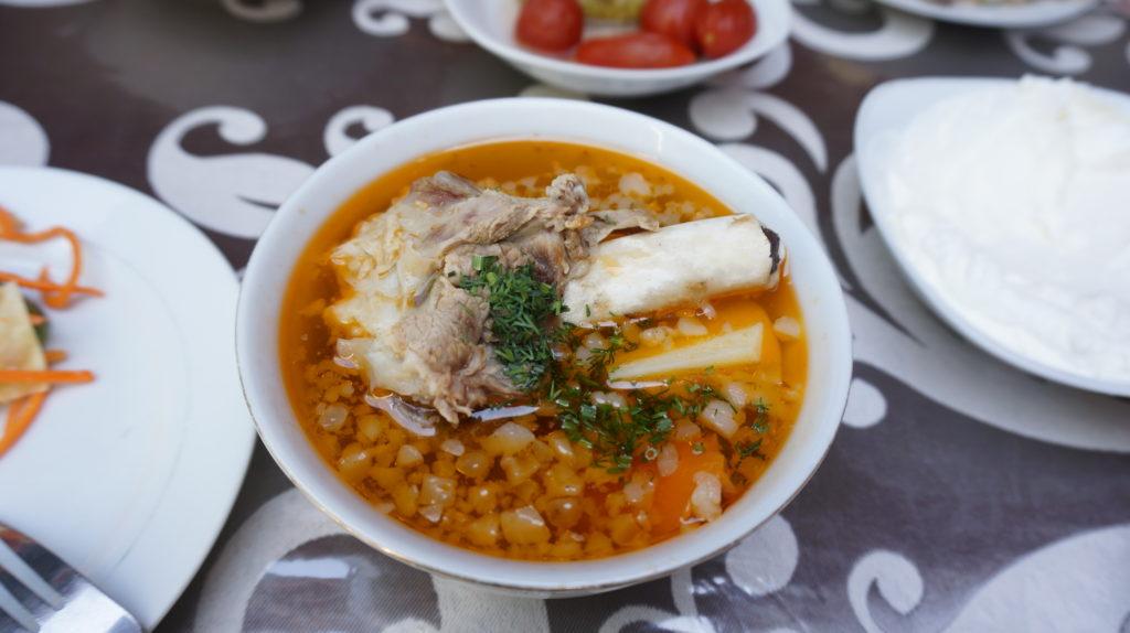 ウズベキスタン料理カイナットマシュルヴァ