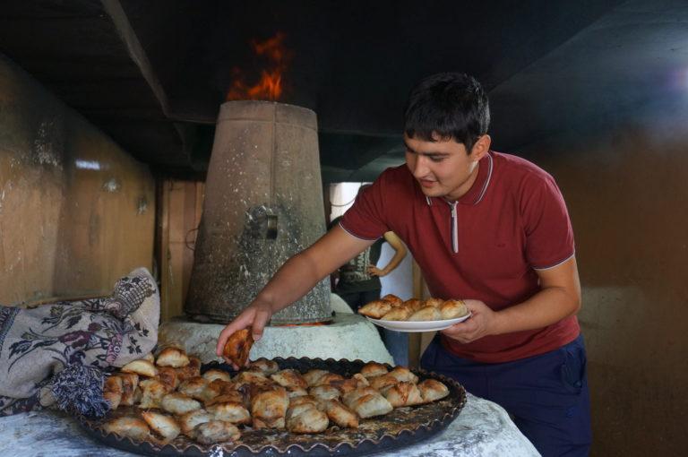 ウズベキスタン料理サムサ屋